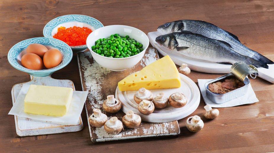 自然界中僅有少數的食物來源含有維生素D,因此平均攝入量低。